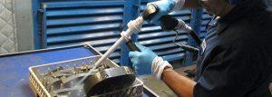 28-composite-tool-cleaning-ontbramen-en-reinigen-van-onderdelen-c-j